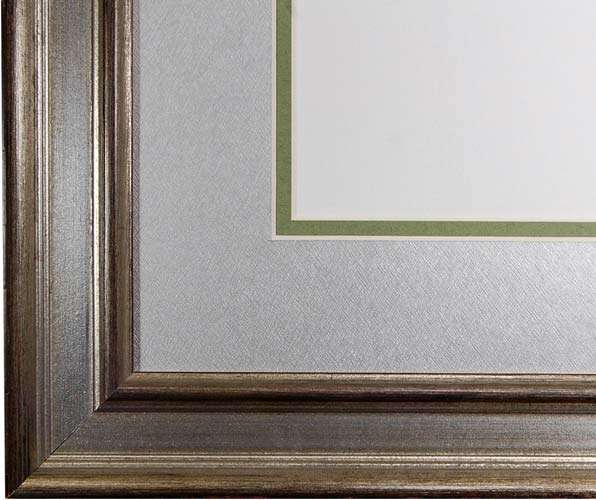 The Kudos Frame - The traditional-style diploma framing from FrameStore Direct takes inspiration from the 18th and 19th centuries. The rich woods and fabrics used in our diploma framing make the ideal accessories for Doctors, Lawyers and professional offices.